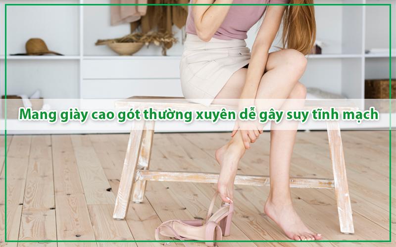 mang-giay-cao-got-thuong-xuyen-de-gay-suy-tinh-mach-chan